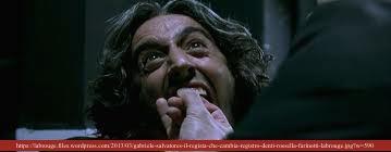 DENTI di Gabriele Salvatores, 2000