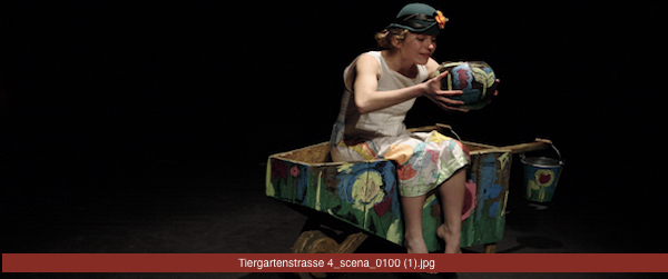 TIERGARTENSTRASSE 4 di Pietro Floridia, per la regia Daniele Muratore, con Barbara Giordano, Serena Ottardo e Marco Polizzi
