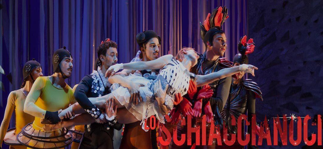 LO SCHIACCIANOCI ideazione e coreografia di Massimiliano Volpini, con i danzatori del Balletto di Roma
