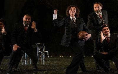 TANGO DEL CALCIO DI RIGORE di Giorgio Gallione, con Neri Marcorè e Ugo Dighero